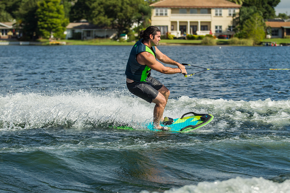 Multiboard Omnia Wasserskitrainer
